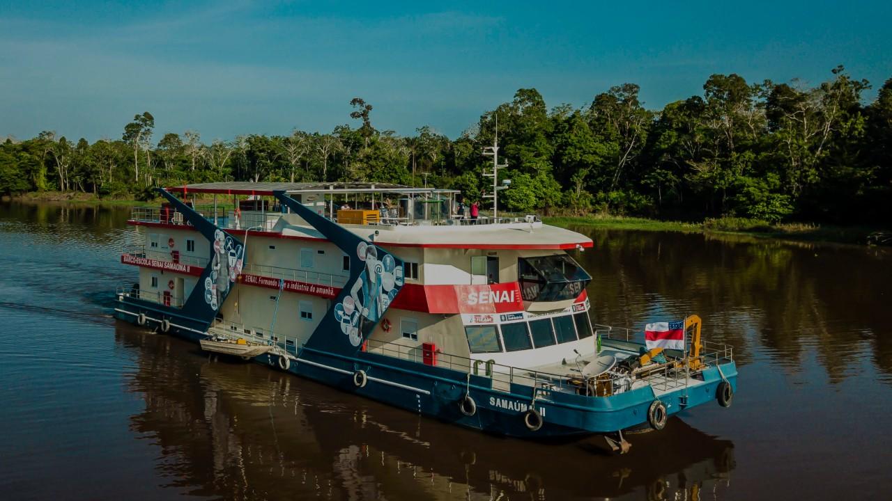 A educação que transforma pelos rios da Amazônia