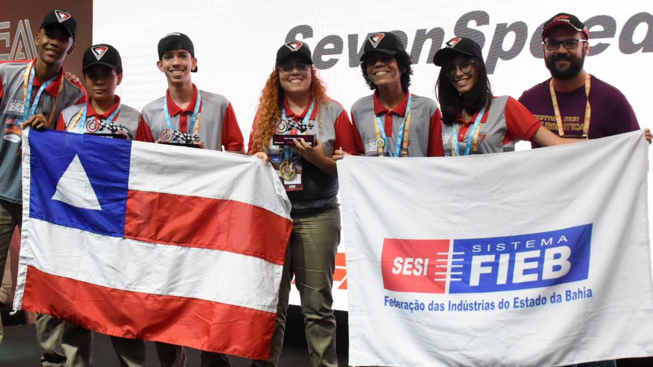 Da Bahia para Abu Dhabi: estudantes do SESI vão representar o Brasil no mundial de Fórmula 1 nas Escolas