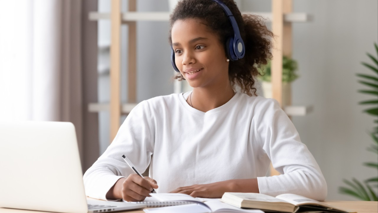 IEL da Paraíba anuncia cursos a distância para alunos do Programa + Aprendiz