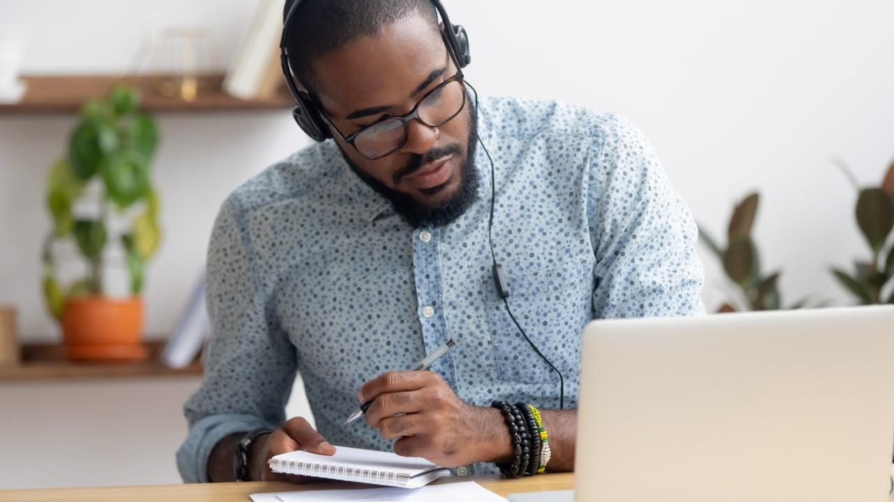 IEL apresenta série de webinars com mentorias em gestão empresarial