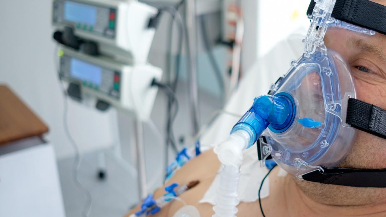 Empresas vão fabricar ventiladores pulmonares em Santa Catarina