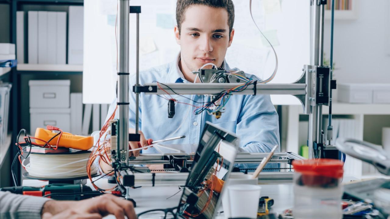 Possui uma ideia inovadora? O Edital de Inovação para a Indústria tem  R$ 55 milhões para ajudar a concretizá-la