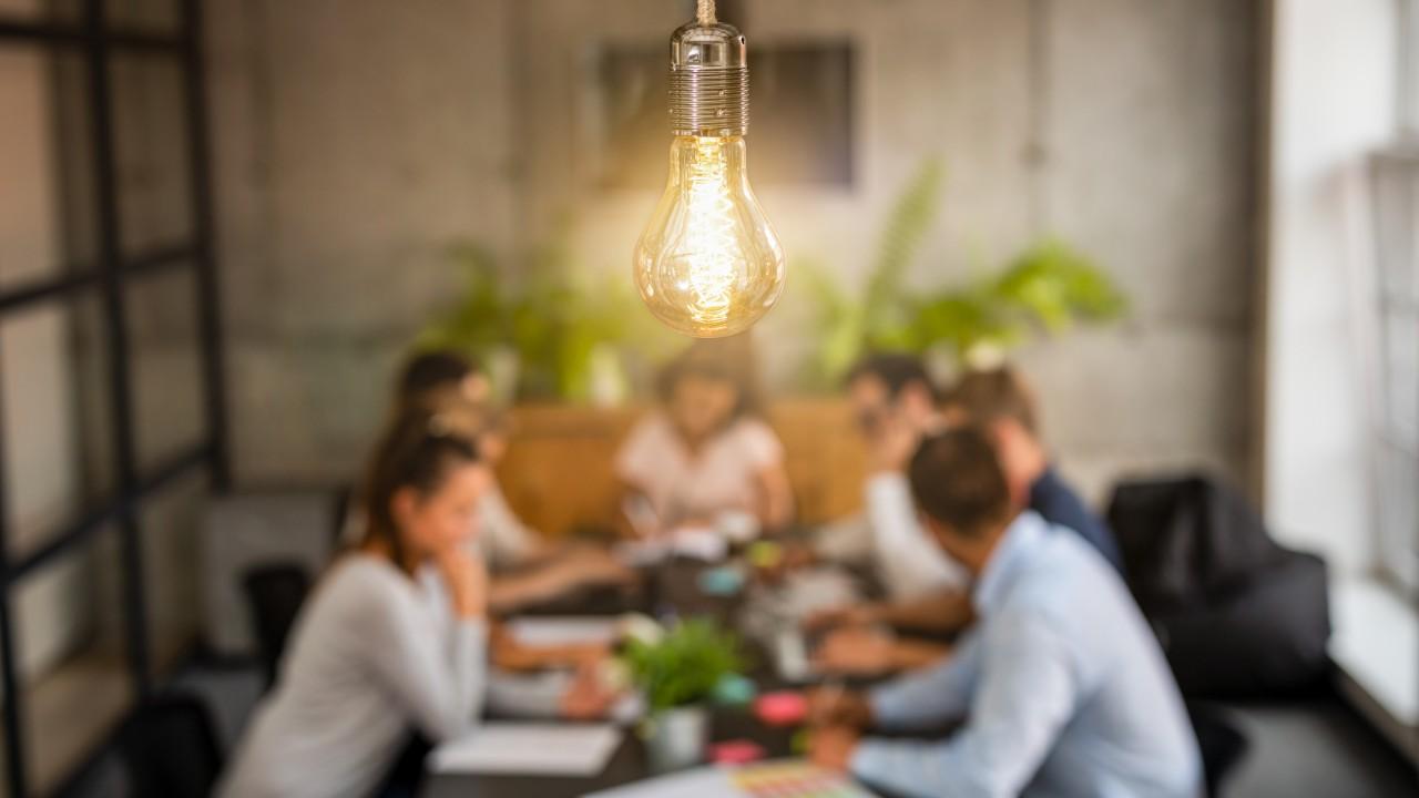 Congresso precisa aprimorar marco regulatório das startups, defende diretora da CNI
