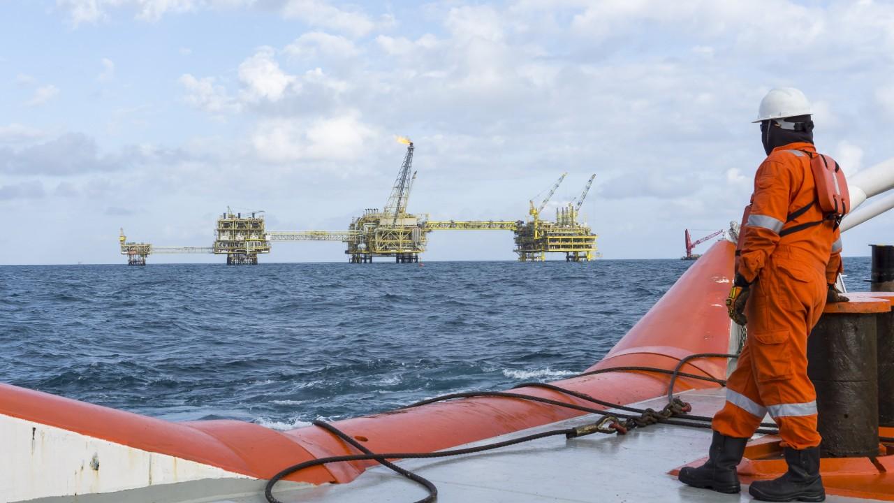 Impactos do Covid-19 no mercado de petróleo e gás do Rio de Janeiro