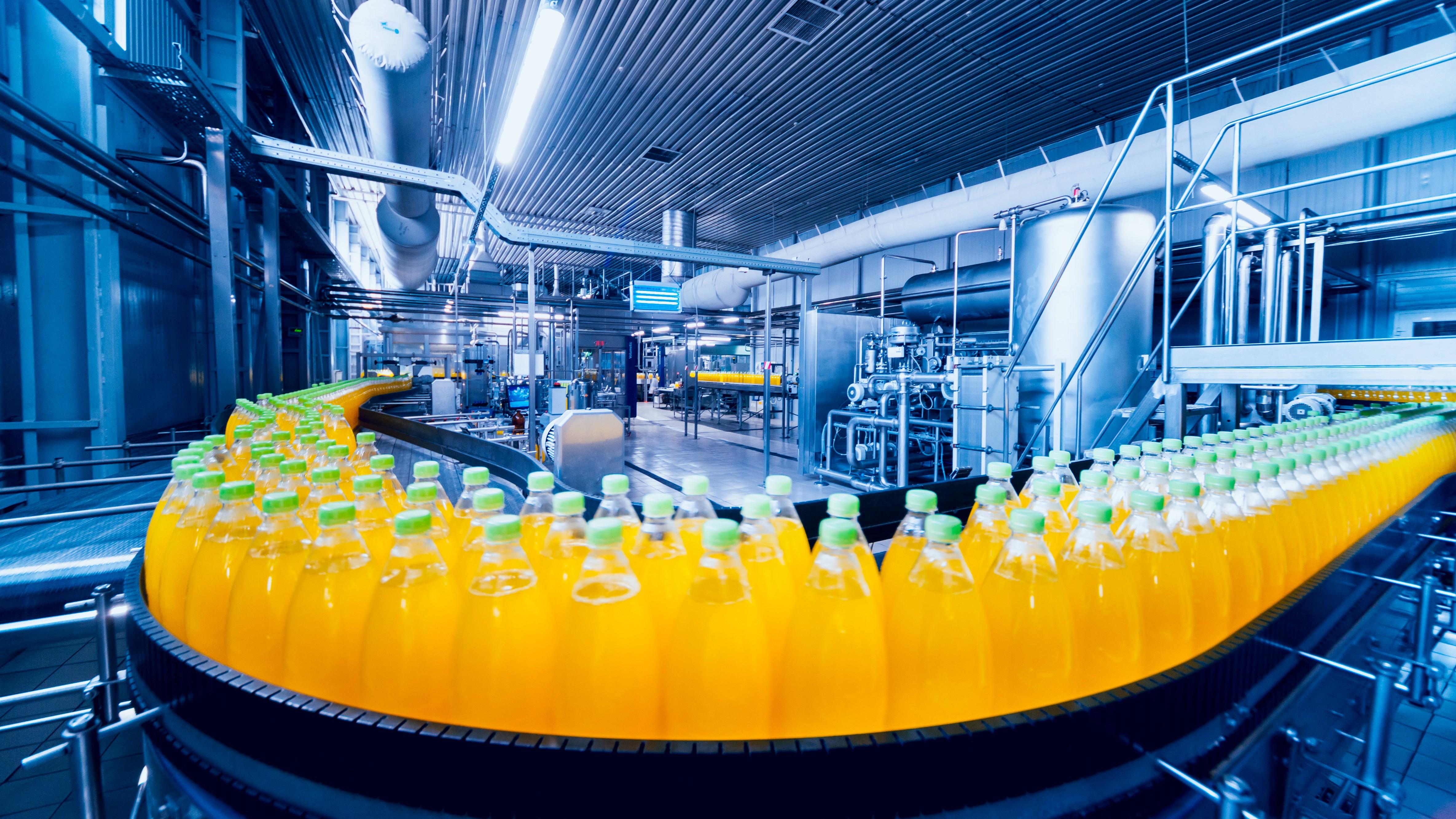 Coronavírus causa queda sem precedentes na atividade industrial