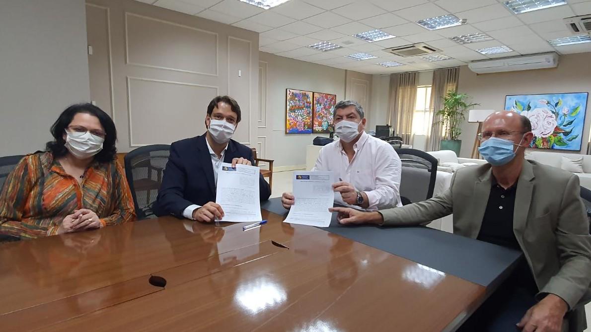 SENAI e TCE fecham parceria para manutenção de respiradores