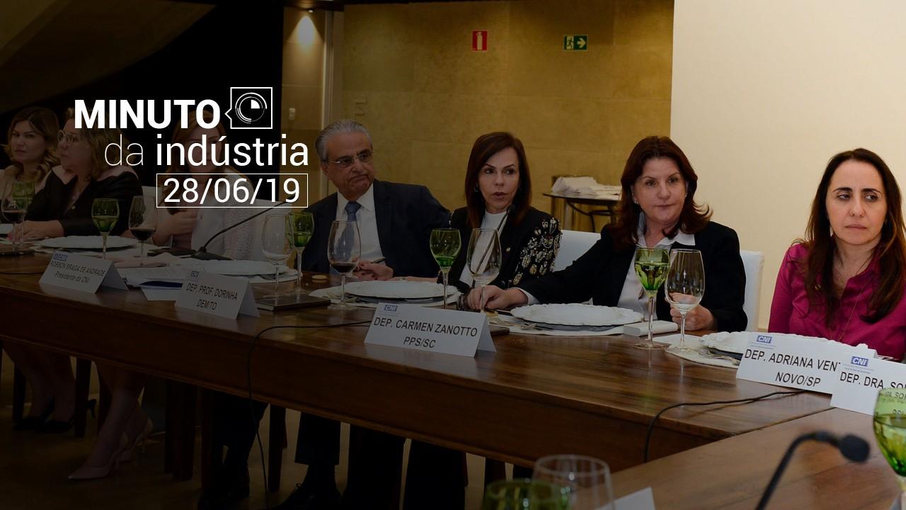 VÍDEO: CNI e deputadas federais debatem melhorias em políticas de educação. Veja no Minuto da Indústria