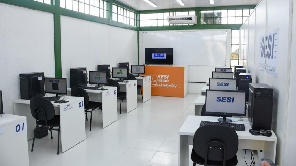 SESI inaugura centro multimídia em Alagoas
