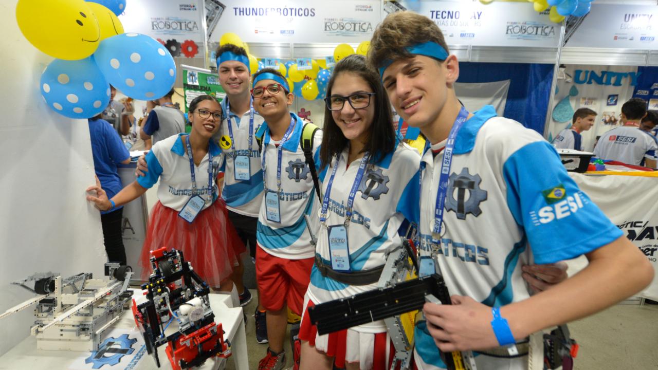 Alunos do SESI participam do maior torneio mundial de robótica, nos Estados Unidos