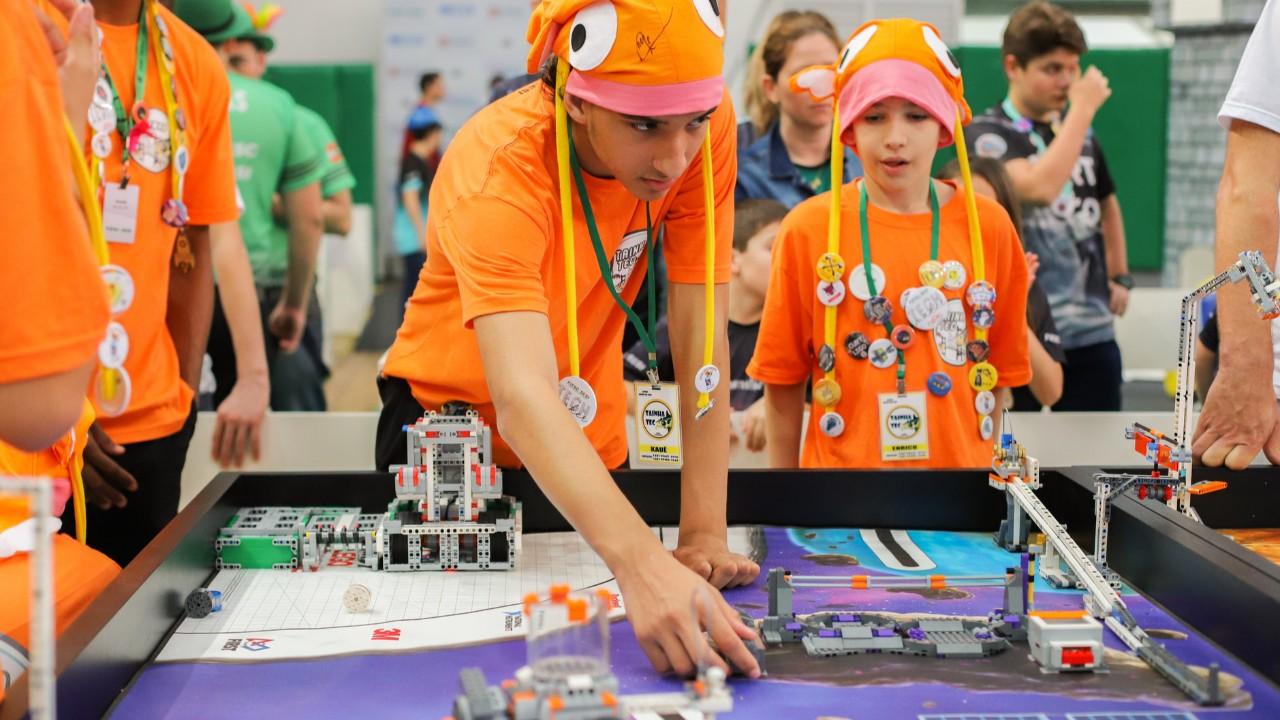 Começa a etapa regional do Torneio SESI de Robótica