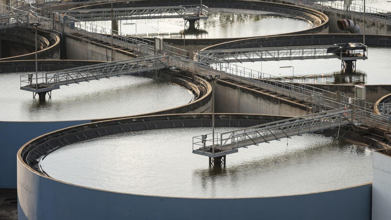 Entidades da indústria reúnem especialistas para debater futuro do saneamento básico
