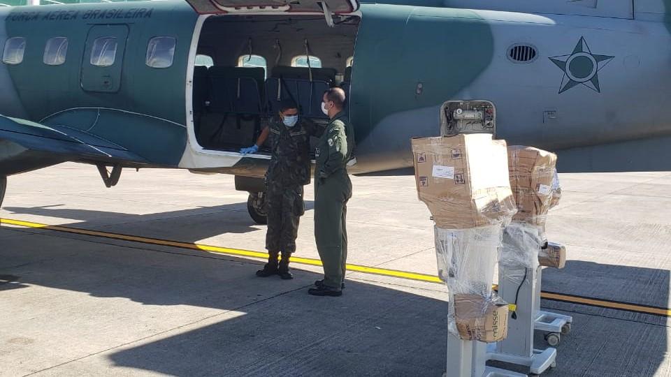 10 respiradores hospitalares, consertados pelo SENAI, voltam a Macapá
