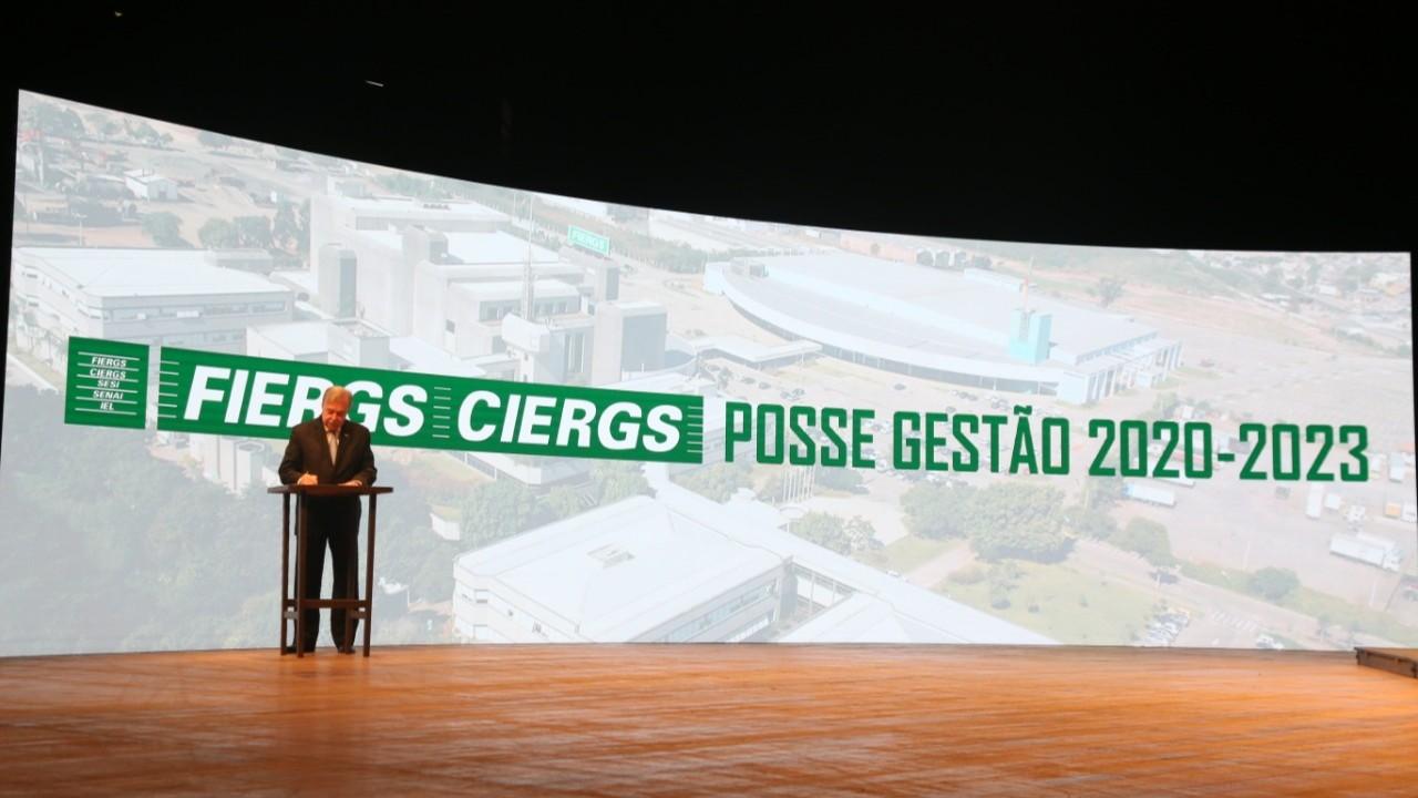 Gilberto Porcello Petry assume mais um mandato à frente da FIERGS