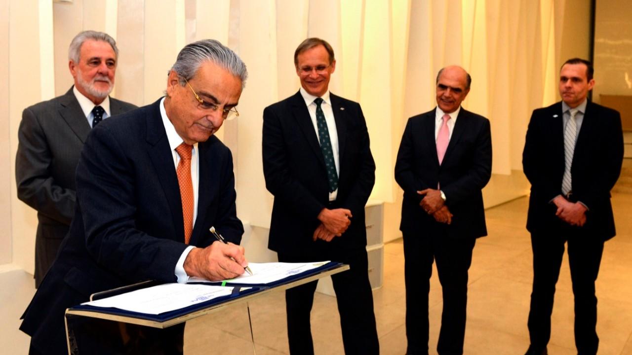 CNI e Sebrae investirão R$ 21 milhões para estimular exportação em pequenos negócios