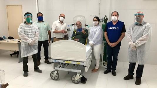 FIEC finaliza protótipo de capacete de respiração assistida