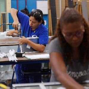 Confiança caiu em 22 de 30 setores industriais, aponta CNI