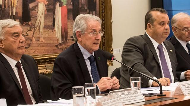 FIESC defende reforma trabalhista para manter  e gerar empregos