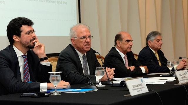 CNI apresenta prioridades da indústria para representantes de 98 países no V Briefing Diplomático