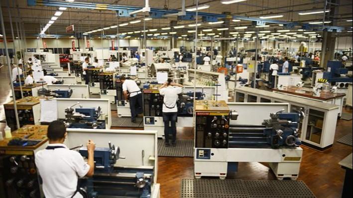 Atividade industrial cresceu em julho, informa CNI