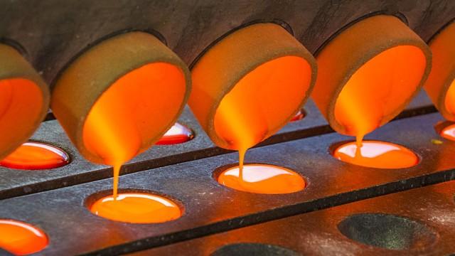 Desempenho da produção e do emprego confirma a recuperação da atividade industrial, revela CNI