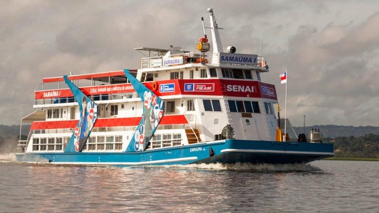 Barcos-escola do SENAI já qualificaram mais de 56 mil pessoas na região Norte