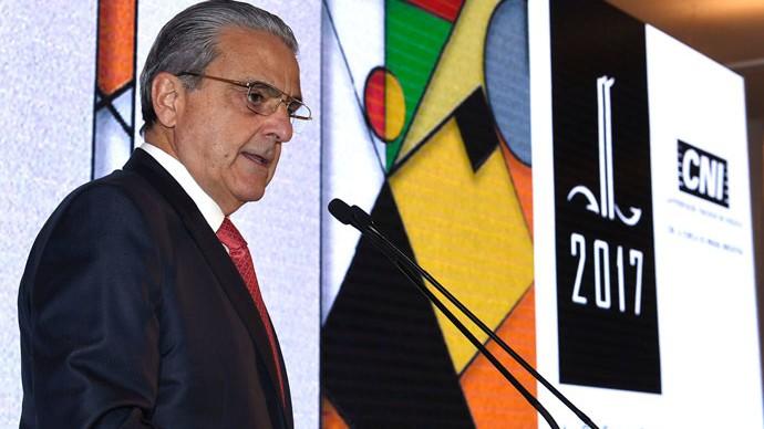 Robson Braga de Andrade toma posse no Conselho Superior do Centro de Altos Estudos do TCU