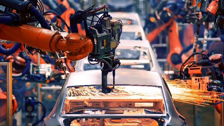 Faturamento, emprego e horas trabalhadas na produção crescem e consolidam reação da atividade, informa CNI