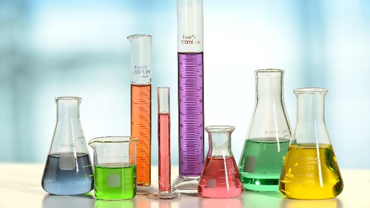Indústria química reduz consumo de energia e água