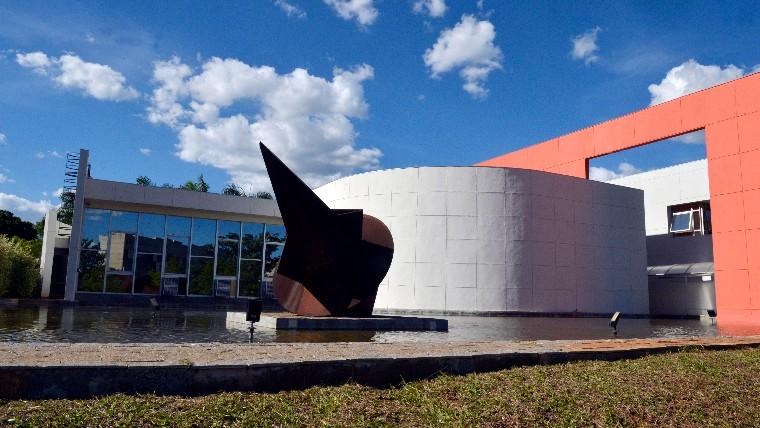 Parceria entre CNI e Instituto Rio Branco leva diplomatas ao chão de fábrica