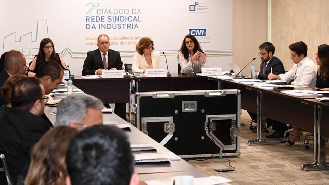 Rede Sindical da Indústria debate modernização das leis do trabalho com 1,2 mil entidades e empresas do setor