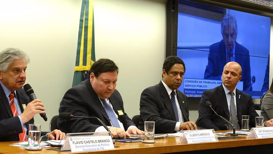 Desenvolvimento do Brasil depende do fortalecimento da indústria