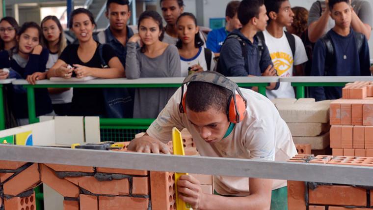 Mundo SENAI apresenta oportunidades de carreira para jovens