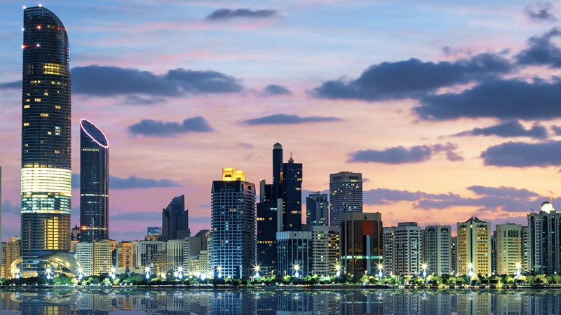 Empresários brasileiros vão a Abu Dhabi em busca de novos negócios