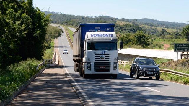 Solução para crise no transporte rodoviáriode carga passa por mais fiscalização no setor