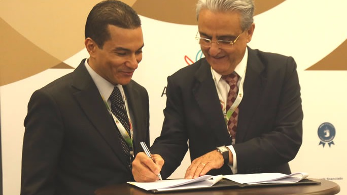 CNI e MDIC assinam acordo para inserir pequenas e médias empresas no comércio exterior