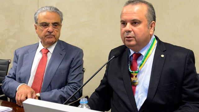 CNI homenageia deputado Rogério Marinho com Medalha da Ordem do Mérito Industrial
