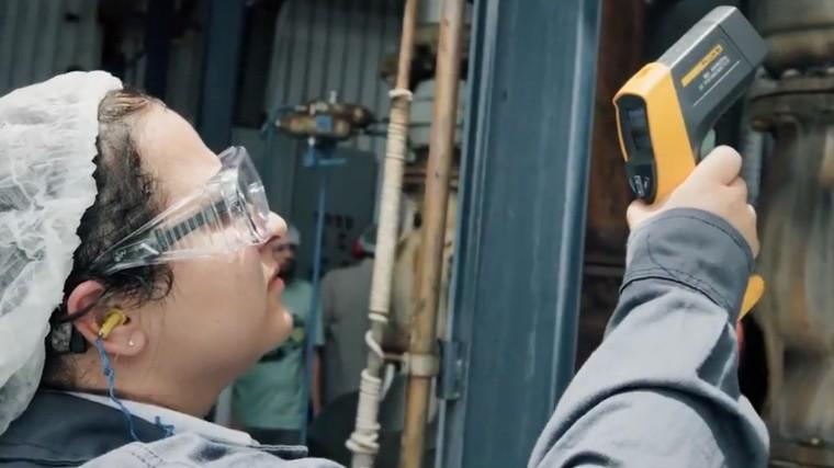 VÍDEO: Mão de obra qualificada em eficiência energética é fundamental para a indústria