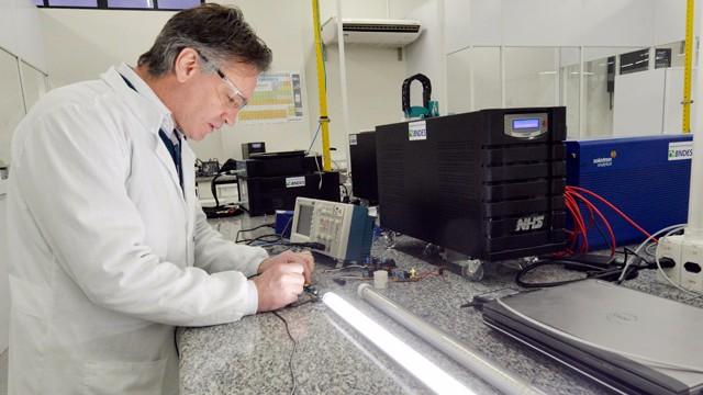 Instituto SENAI de Inovação em Eletroquímica recebe credenciamento da Embrapii