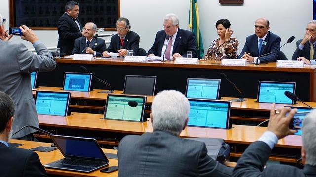 CNI quer decisão oficial sobre fim de acordo marítimo entre Brasil e Chile