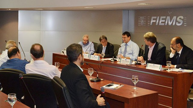 Empresários de Mato Grosso do Sul debatem desenvolvimento com uso racional da água