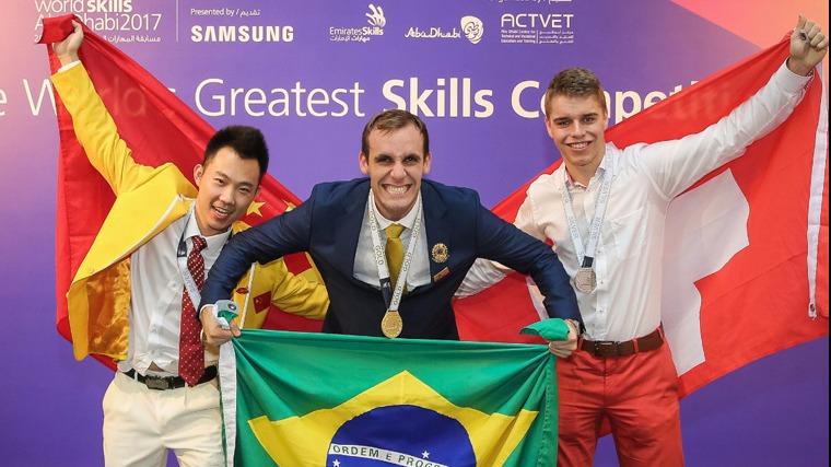 Brasil conquista 2º lugar no mundial de profissões técnicas, a WorldSkills