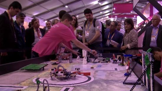 VÍDEO: Alunos de escolas públicas disputam o Festival SESI de Robótica FLL