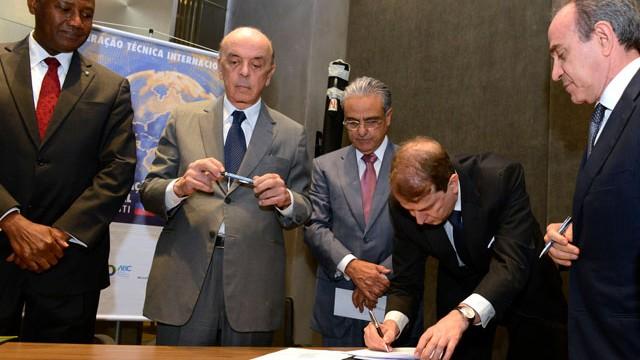 Brasil, Haiti e ONU assinam acordo para fortalecer educação profissional no país caribenho