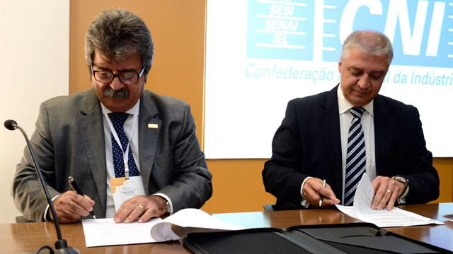 CNI e Caixa firmam parceria de cooperação para ampliar acesso a crédito para micro, pequenas e médias empresas