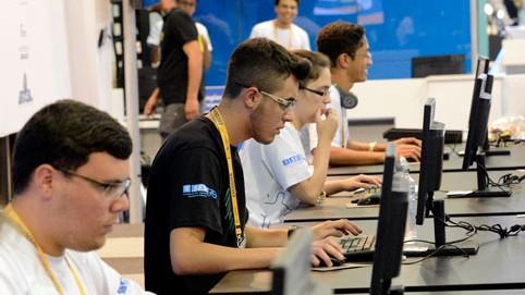 Aplicativo de competidores do SENAI no Paraná chama a atenção de investidores