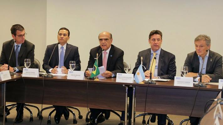 Governos de Brasil e Argentina mostram sintonia inédita e relação bilateral avança