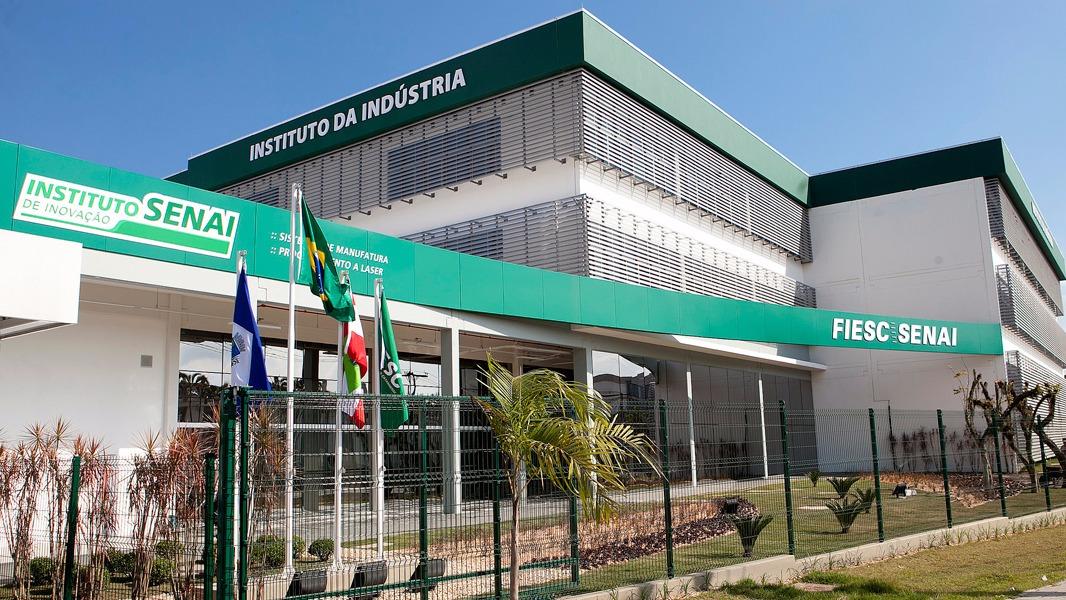 Santa Catarina inaugura novos Institutos SENAI de Inovação com tecnologias de ponta