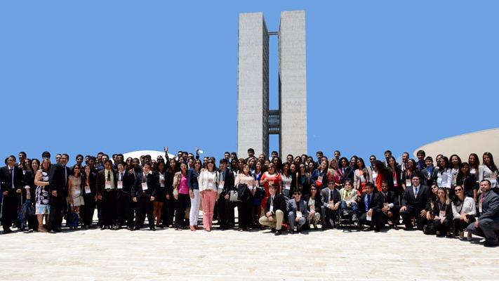 Estudantes do SESI são selecionados para participar do Parlamento Jovem Brasileiro 2017