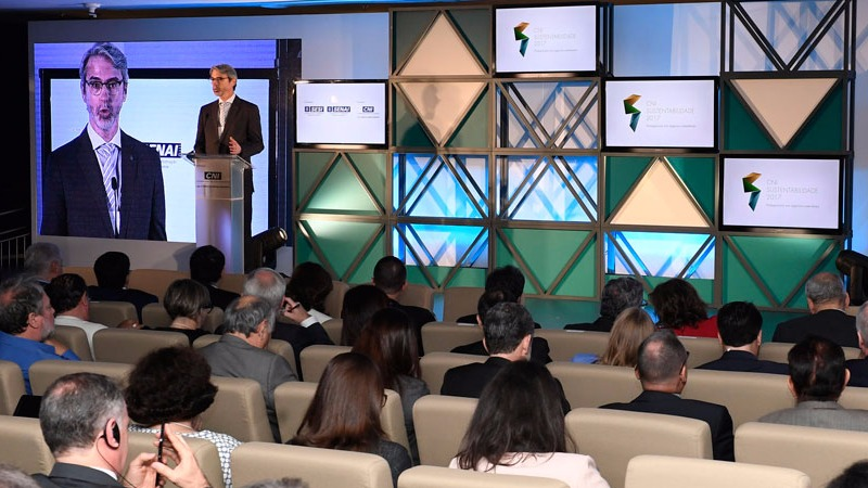 Indústria reafirma compromisso com desenvolvimento sustentável