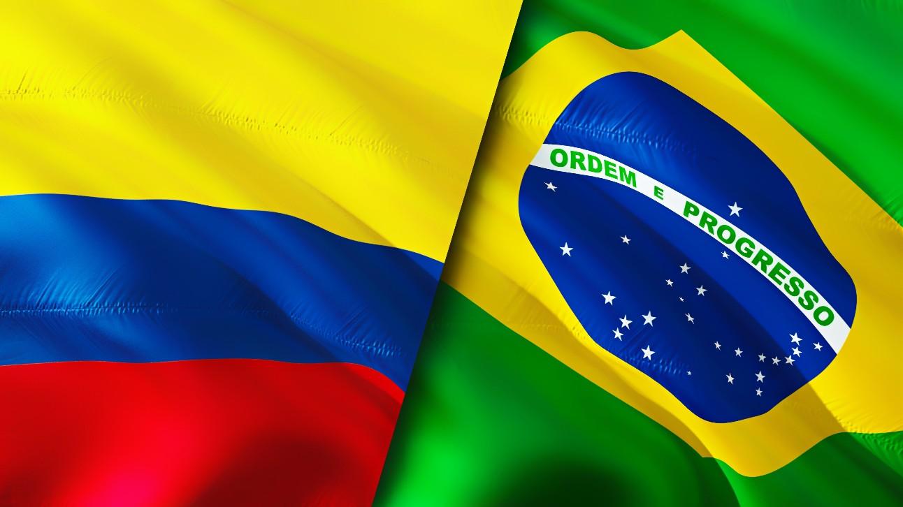Bandeiras da Colômbia e Brasil